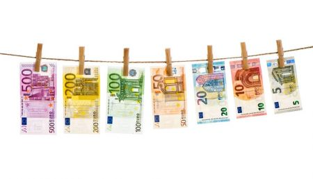 Is it time to sell EUR/USD?
